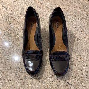 Clark's Burgundy Leather size 8 Heel